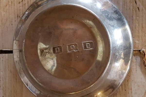 Ford 60-tal dogdish kapsel